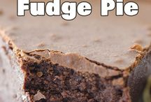 Chocolate Heaven / Cocoa, brownies, fudge, chips, sweet, dark, chocolate, cake, cookies, muffins, pie, cream,
