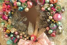 Wreaths / I enjoy making wreaths and am always stumped for ideas when the mood strikes. Enjoy!
