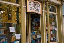 Tiny Town Book Nook