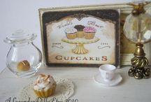 Tiny Town Cupcake & Coffee Cafe / Miniatures, cupcakes, cafe, treats, sweet
