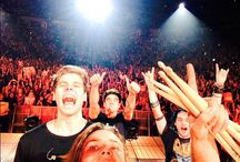 //5sos\\ / WHO LOVES 5SOS / by Ansleigh💀