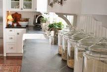 Kitchen / by Sabrina