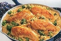 Finger Lickin' CHICKEN / Tons and tons of delicious chicken recipes! / by Jacara Smith