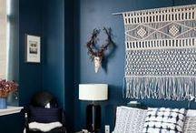 dark blue wall / For a very classy yet relaxing atmosphere.