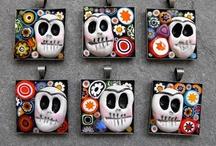 Dia De Los Muertos skulls / by Stephanie Walton