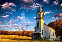 Churches aRoUnD tHe WoRLD  / by Gwen Mirman