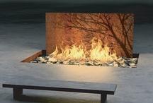 Feuerstelle / #Feuerstelle im #Garten und auf der #Terrasse - #Feuer ist Magie und bringt Entspannung. Ihr #GalaBau in #Jüchen www.ericclassen.de