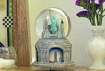 Snow Globes from Around the World at NYCwebStore.com / Collectors love our Destination Snow Globes featuring skylines, cityscapes and landmarks from around the world.