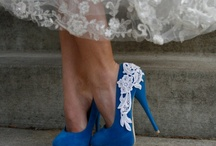 Wearing High heels / Les talons aux pieds