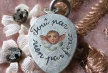 France & French Charms - Vintage Charms / Vintage French Charms & Vintage France Charms, Paris Charms. Enamel French Charms