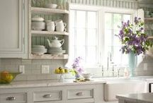 Home Decor: Kitch / by Amy Schwartz