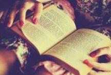 Los Libros / by Lauren