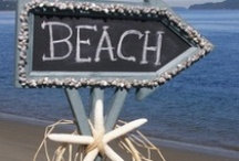 BEACH SIGNS INVITES WALL HANGINGS / by Diane