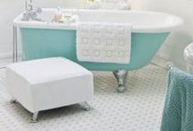 Let's Decorate a Bathroom / by LaurieAnna's Vintage Home
