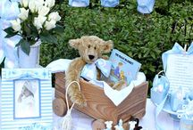 baby shower ideas / Time to have the best celebration ever for a new little person! / by Valli Weethee