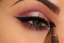 Makeup Looks / by Jennifer Avis