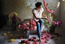 Style::IT  BLOOMS / inspiration for set styling with florals / by karakai design+styling