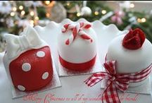 Christmas Cupcakes and Cupcake Boxes / Christmas cupcakes and Christmas cupcake boxes - lots of ideas for Christmas baking and gifts. / by Little Cupcake Boxes