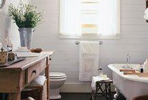 Bathroom / by Liz DeLandsheer