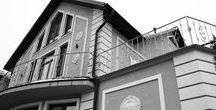 Кованые ограждения балконов 2-го этажа / Фото наших работ – доступные цены