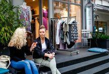 kleine läden in der nacht | Hamburg / KLIDN - Ganz Hamburg feiert die Wiederkehr des langen Donnerstags. Mit exklusiven Events in exklusiven Findeling Läden. Mehr Infos unter www.kleinelädenindernacht.de #kleinelädenindernacht