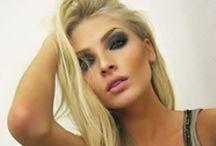 Gentlemen prefer Blondes...and so do I :-) / by Kellie <3