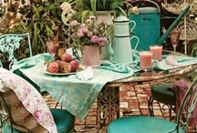Perfect Outdoor Dining...... / My favorite place to eat ...........outdoors!