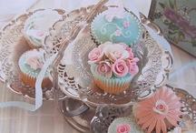 Cupcake Art...... / Too pretty to eat.............