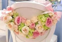Wedding Chair Design / Wedding chair design ideas and inspiration