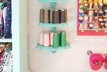 My Craftroom / DIY and organization tips for my craft room. Plus some beautiful craft rooms!