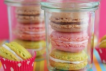 Desserts in Jars / Sweet treats tucked into little single-serving jars.