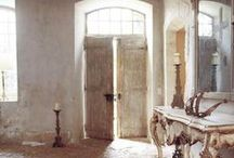 Entry.Foyer.Halls / by Bebe Begonia