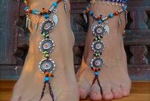 Live to create..... / barefoot sandals, toe rings, belly chains, anklets, head chains, dream catchers, hand stamped jewelry and upcycled handbags. / by Gina Viars
