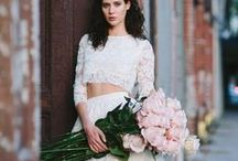 A Romantic Wedding... / Perfect inspiration for a chic bride's romantic wedding.