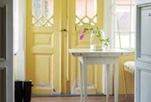 Entry rooms and mudrooms  / by Gentry Mickelsen