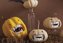 Everyday is Halloween / by Alyssa Ausbrook