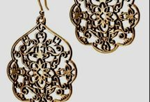 obsession with earings / by Lexy Wayman