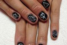 nails ^u^ / by Sophie Palagano