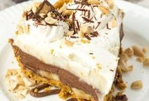 Easy Dessert Ideas / simple desserts anyone can make!
