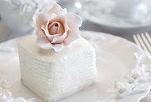 Classic Romantic Love / Classic romantic wedding inspiration.
