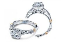 Halo Engagement Rings / A board all about #Halo style #Engagement #rings  / by Wedding Day Diamonds