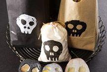 //halloween craft// / by Jaime Vines