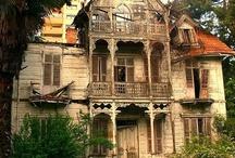 gorgeous ruin / by Glenn Mimsy Liddell