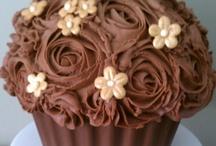 ~ Cupcakes ~ / by Tamika Robis Gordon