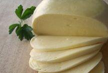 Homemade Cheese / Homemade cheese, mozzarella cheese, cottage cheese, mascarpone cheese, paneer cheese, feta cheese, farmers cheese