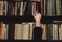 The Heavenly World of Books / That book friendly place that smells of must and old paper. That place where people whisper.