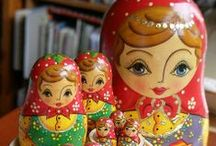 Nesting Dolls-Matryoshka Dolls / Ukrainian matryoshka dolls usually represent a family or tell a story. For example, the outer doll may be a father, then inside a mother, a baby daughter and perhaps a dog.  The Russian nesting dolls are usually all identical in looks.