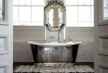 Bathrooms / by Debbi Erlick