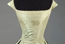 18th century : French Robe de Cour / French Court Dress, as worn in france andd the rest of Europe