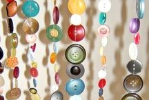 Buttons, Buttons, Buttons! / I love buttons! Crafty things to make with buttons.